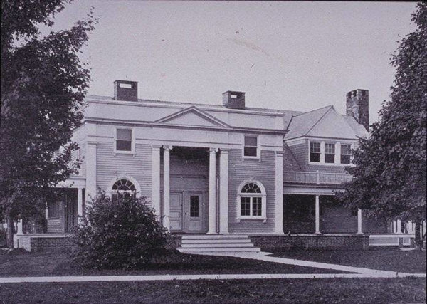 1897:  Colonial Club IV